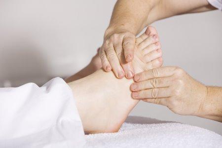 Massage bien-être du pied